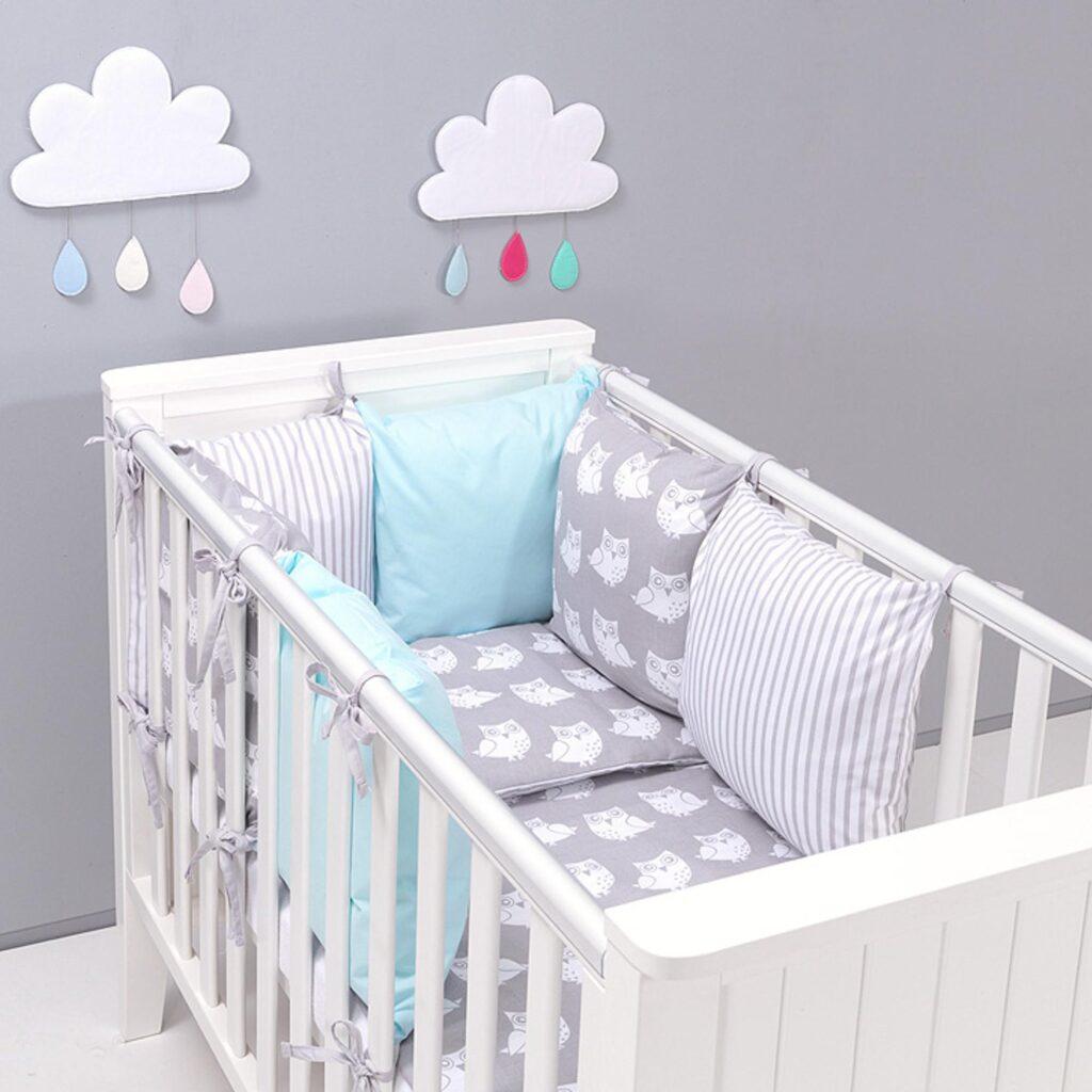 Parure de lit bébé avec tour de lit