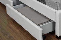 Tiroirs sous le lit