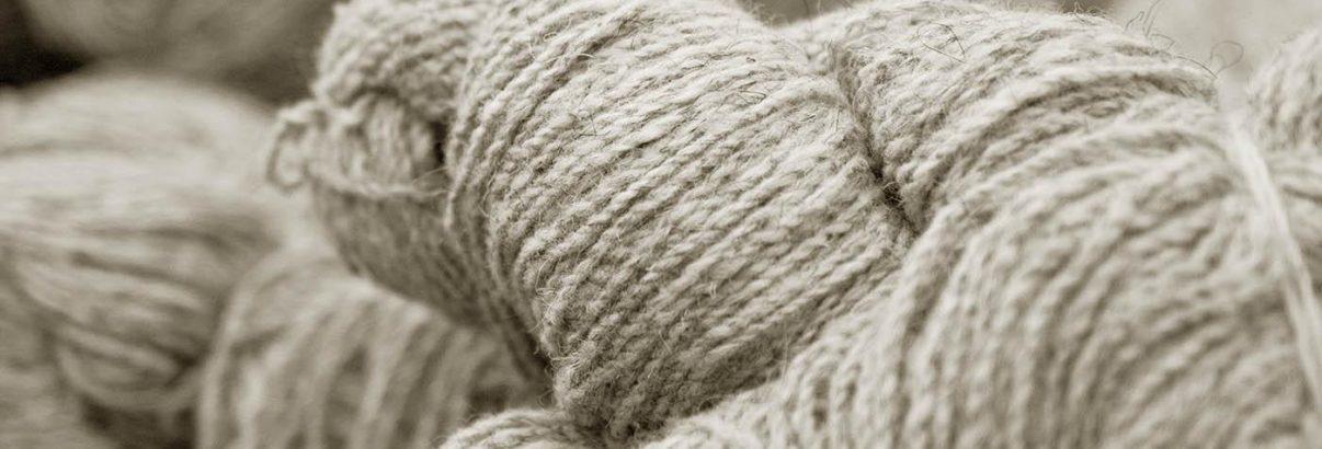 Matière de linge de lit, une pelote de laine