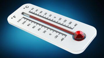 Thermomètre indiquant une forte chaleur