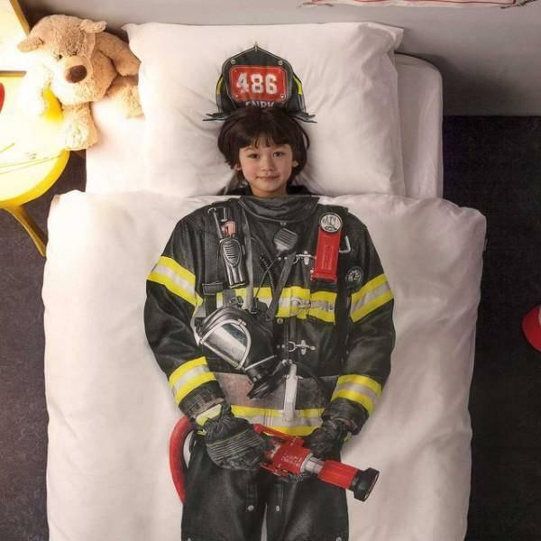 Couette enfant avec un pompier