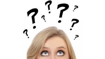 Une femme qui se pose des questions